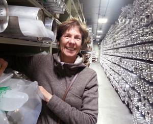 Patrice Rhoades-Baum visiting Nat'l Ice Core Lab